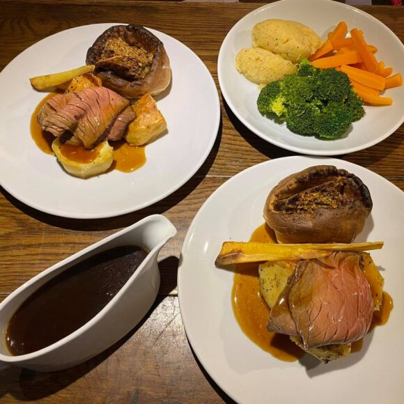 Sunday Roasts 2 for £19.95
